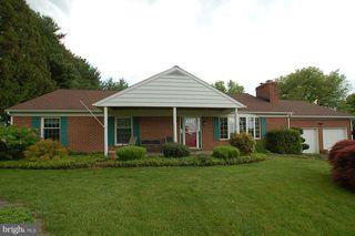 108 Cooper Rd, Avondale, PA 19311