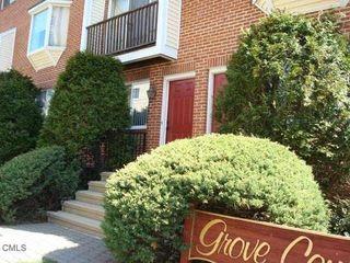 101 Grove St #7, Stamford, CT 06901