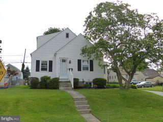 201 Mackenzie Ave, Prospect Park, PA 19076