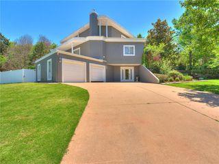 5100 Burr Oaks Rd, Oklahoma City, OK 73105