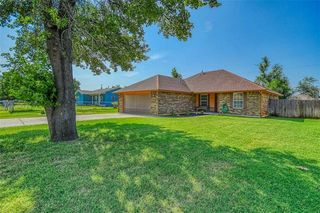 10324 Bellview Dr, Midwest City, OK 73130