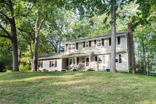 53 Mountain Dr, South Windsor, CT 06074
