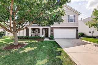 8815 N Fawn Meadow Dr, Mccordsville, IN 46055