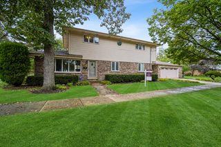326 Lake St, Glencoe, IL 60022