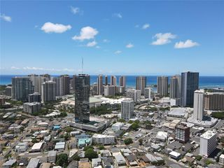 1732B Waiola St, Honolulu, HI 96826