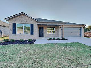 16375 Creek Dr, Moundville, AL 35474