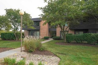1325 N Sterling Ave #107, Palatine, IL 60067