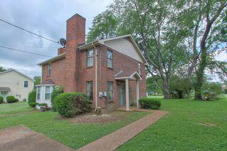 2438 Fairbrook Dr, Nashville, TN 37214