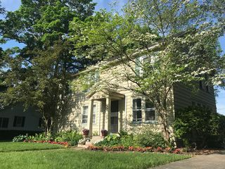 133 Brooklawn Dr, Rochester, NY 14618