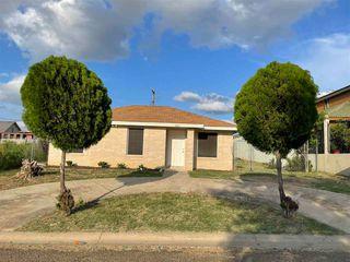 141 Salamanca Ave, Laredo, TX 78046