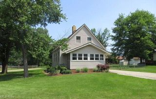 65 1st Ave, Bedford, OH 44146