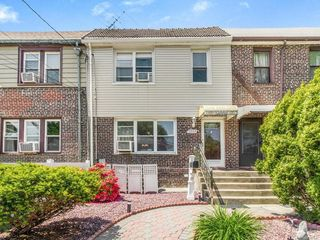 2553 Westervelt Ave, Bronx, NY 10469