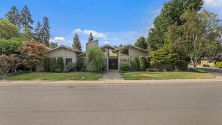 2000 Woodhaven Cir, Riverbank, CA 95367
