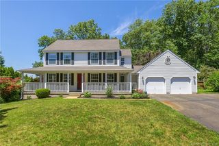231 Meadowbrook Dr, Manchester, CT 06042