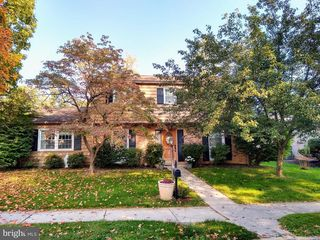 3414 Canby St, Harrisburg, PA 17109