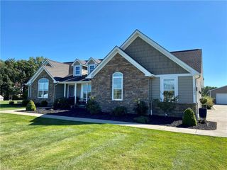 5865 Dover Rd, Apple Creek, OH 44606