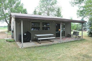 707 S Lake Hendricks Dr, Hendricks, MN 56136