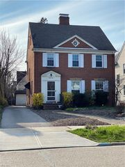 3572 Ingleside Rd, Shaker Heights, OH 44122