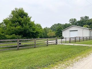 7399 E County Road 50 N, Bowling Green, IN 47833
