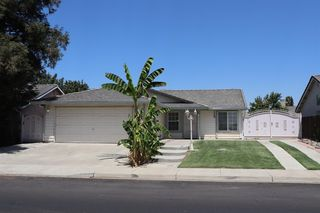 2584 Lobo Ave, Merced, CA 95348