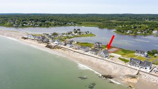 65 Surfside Rd, Scituate, MA 02066