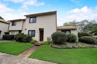 1200 Country Ct, Lawrenceville, GA 30044