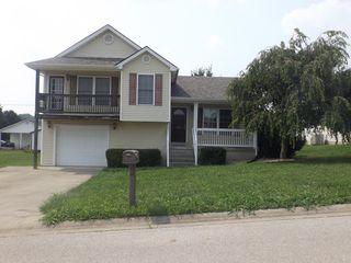1105 Kim Ct, Mount Sterling, KY 40353