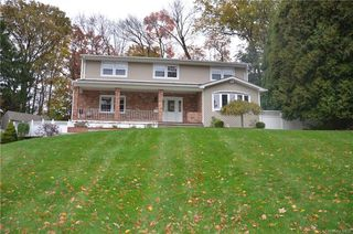 12 Crescent Dr, Spring Valley, NY 10977