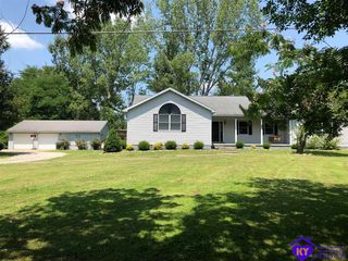 7775 New Haven Rd, New Haven, KY 40051