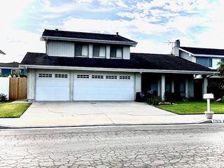 17972 Larcrest Cir, Huntington Beach, CA 92647