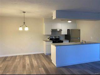 9 Homestead Village Dr, Warwick, NY 10990