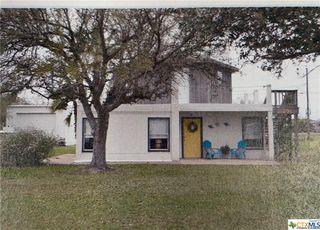 74 Sally St, Port Lavaca, TX 77979