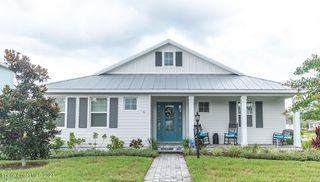 51 Lagoon Way, Titusville, FL 32780