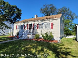 340 Strong St, East Haven, CT 06512
