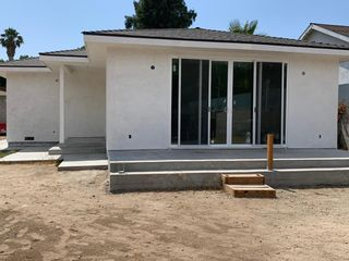 22825 Calvert St, Woodland Hills, CA 91367
