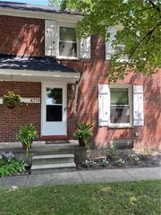 4719 W 125th St, Cleveland, OH 44135
