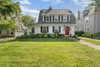 3269 Avalon Rd, Shaker Heights, OH 44120