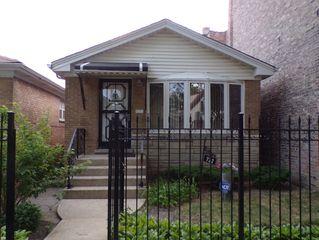 722 N Sawyer Ave, Chicago, IL 60624