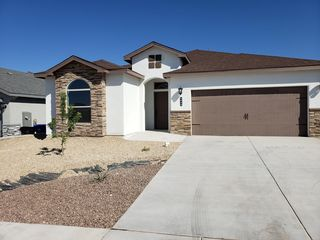 2933 Chance Rd, Las Cruces, NM 88012