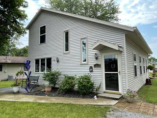 11247 Fairview Ln, Lakeview, OH 43331