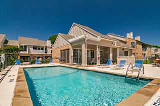 5015 Courtside Dr, Irving, TX 75038