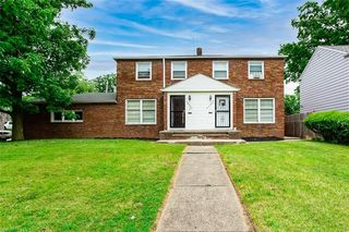 19307 19307/1931 Libby Rd, Maple Heights, OH 44137