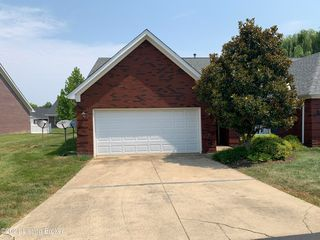 6631 Woods Mill Dr, Louisville, KY 40272