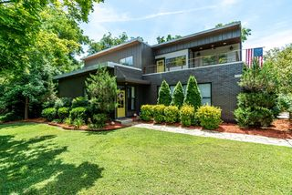 3054 Lakeshore Dr, Old Hickory, TN 37138