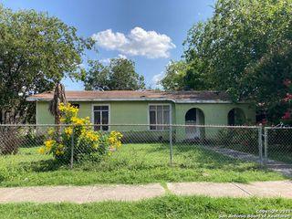 2702 Morales St, San Antonio, TX 78207