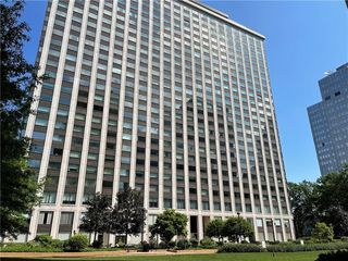 320 Fort Duquesne Blvd #17B, Pittsburgh, PA 15222