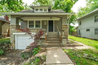 5537 Harrison St, Kansas City, MO 64110