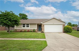857 Cypress W, Greenwood, IN 46143
