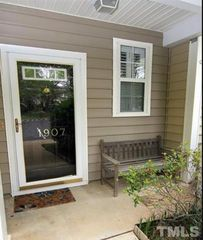 1907 Lost Ln, Raleigh, NC 27603