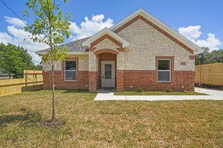 1230 E Overton Rd, Dallas, TX 75216
